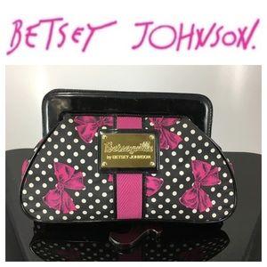 💸Betsey Johnson Betseyville polka dot/pink bag